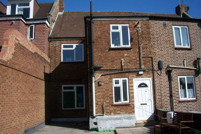 1 bed flat to rent in Russell Hill Road, Purley CR8