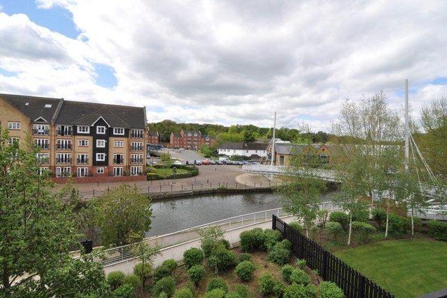 Thumbnail Flat to rent in Evans Wharf, Hemel Hempstead