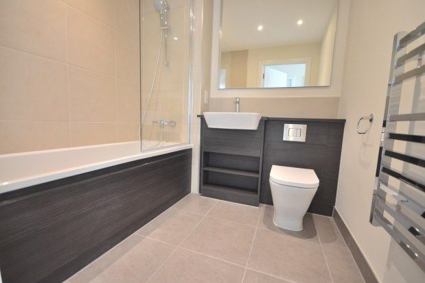 Flat to rent in Admiralty Court, Gillingham
