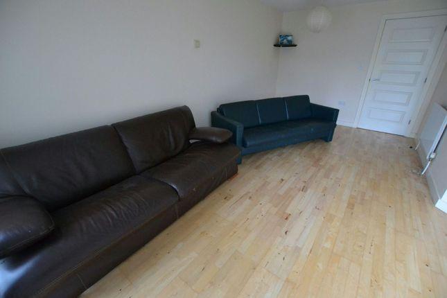 Lounge of Salisbury Street, Liverpool L3