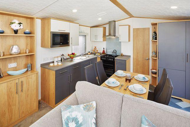 Thumbnail Mobile/park home for sale in Hoburne Blue Anchor, Blue Anchor Bay, Nr. Minehead, Somerset