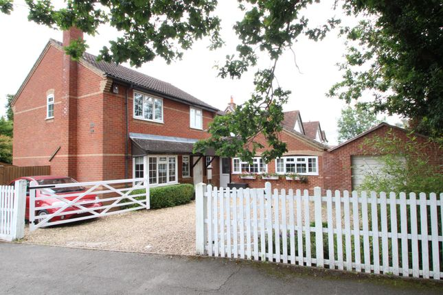 Thumbnail Detached house for sale in Cavendish Gardens, Winnersh, Wokingham