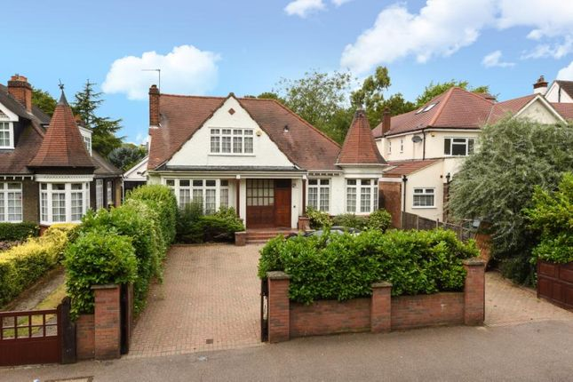Thumbnail Property for sale in The Drive, South Woodford, London