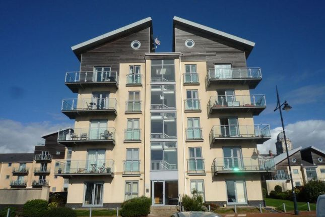 Thumbnail Flat to rent in Cei Dafydd, Barry