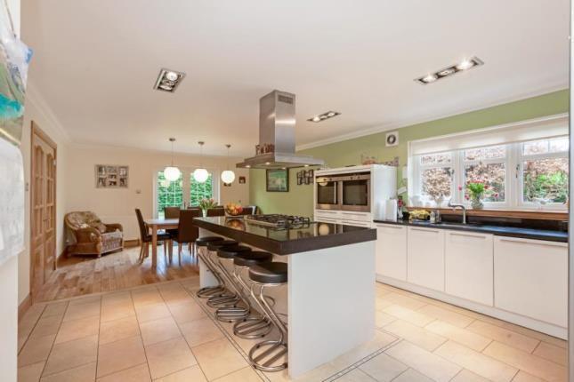 Kitchen of Bishops Park, Thorntonhall G74