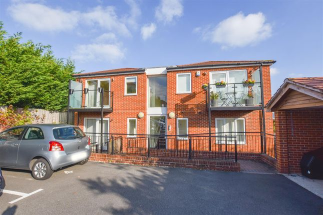 Thumbnail Flat to rent in Goodwin Drive, Sidcup