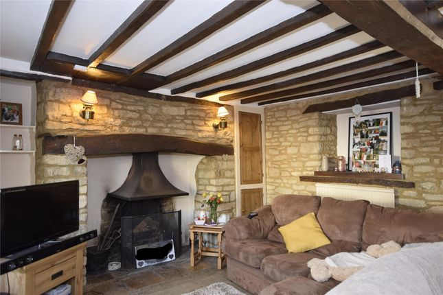Thumbnail Cottage to rent in Newland, Witney, Oxfordshire
