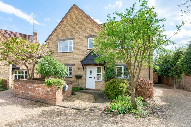 Thumbnail Detached house to rent in Sayers Close, Silverstone, Towcester