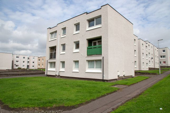 Thumbnail Maisonette to rent in Sutherland Place, Kirkcaldy