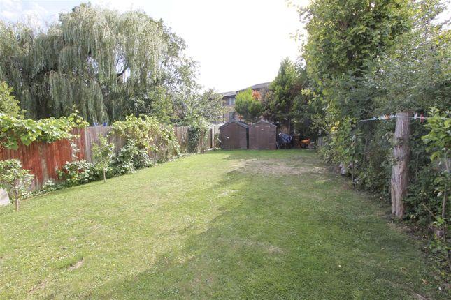 Garden of Pinner Hill Road, Pinner HA5