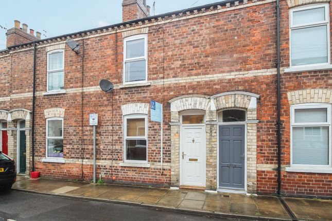 Thumbnail Terraced house for sale in Gray Street, York