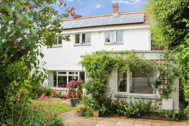 Thumbnail Detached house for sale in Wimborne Road, South Knighton, Leicester