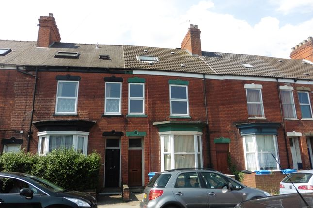 Thumbnail Flat to rent in Morrill Street, Hull