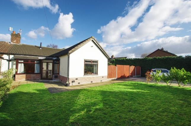 Thumbnail Bungalow for sale in The Avenue, Halewood, Liverpool, Merseyside