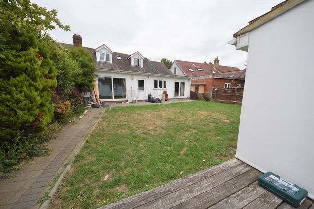Thumbnail Bungalow for sale in Goodmayes Lane, Ilford