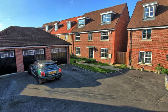 Thumbnail Detached house for sale in Aldridge Way, Buntingford