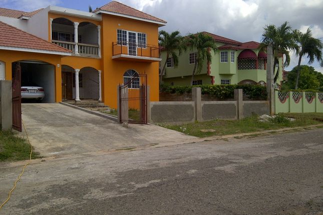 Thumbnail Town house for sale in St Livingston Road, Green Acres, St. Catherine
