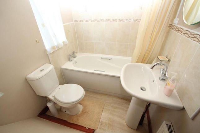 Bathroom of Park Avenue, New Lodge, Barnsley S71
