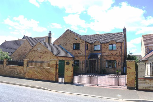 Thumbnail Detached house for sale in Swinstead Road, Corby Glen, Grantham