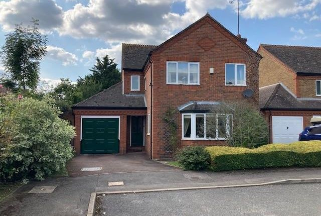 Thumbnail Detached house to rent in Pitch Place, Binfield