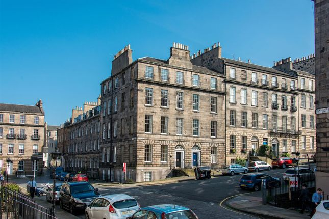 Thumbnail Flat for sale in 15/3 (2F2) Nelson Street, Edinburgh