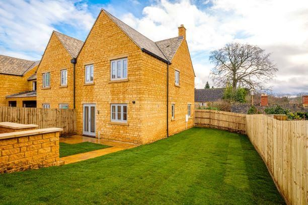 3 bed semi-detached house for sale in Kites Reach, New Barrels Pitch, Aston Road, Chipping Campden GL55