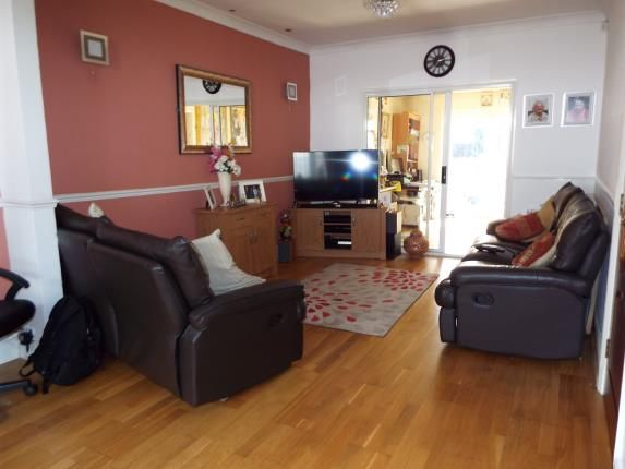 Lounge of Shetland Road, Leicester, Leicestershire LE4