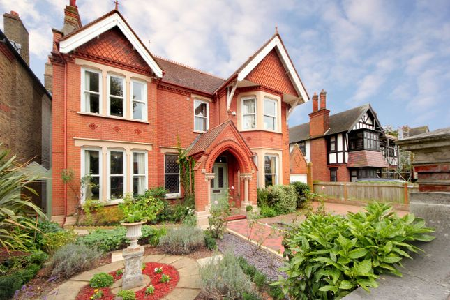 Thumbnail Detached house for sale in Tring Avenue, London