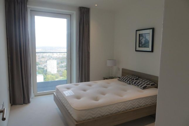 Photo 6 of Skyline Tower, Woodberry Down Estate, Woodberry Park, London N4