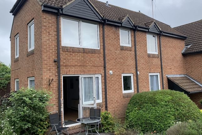 Thumbnail Flat to rent in Homeweavenue House, Robinsbridge Road, Colchester, Essex