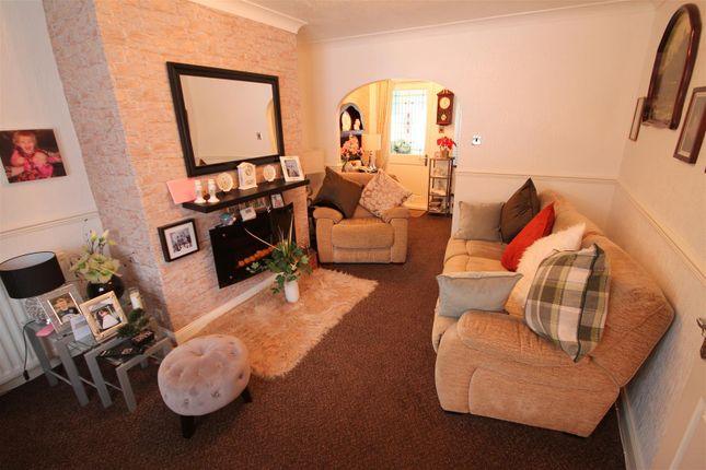 Further Living Room Image