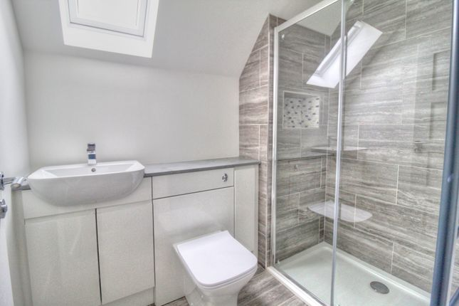 Shower Room of Dalziel Road, Inveraldie, Tealing, Dundee DD4