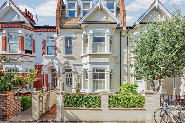 4 bed terraced house to rent in Harbord Street, London SW6