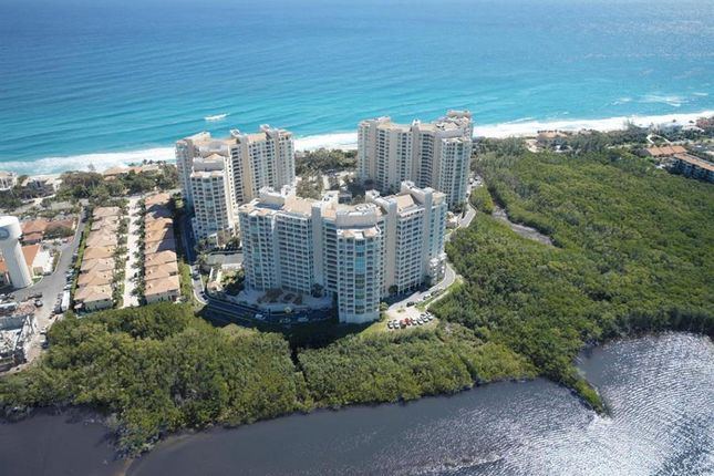 Town house for sale in 3740 S Ocean Boulevard, Highland Beach, Florida, United States Of America