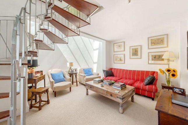 2 bed maisonette for sale in Abercrombie Street, London