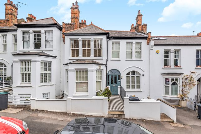 Thumbnail Flat for sale in Woodland Gardens, London