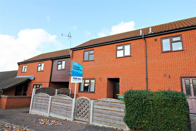 3 bed property for sale in Cowper Close, Mundesley, Norwich NR11