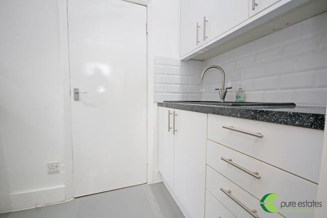 Thumbnail Flat to rent in Town Road, London