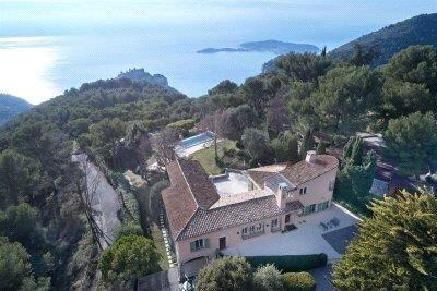 Thumbnail Villa for sale in Eze-Sur-Mer, Alpes-Maritimes, Cote D'azur, France