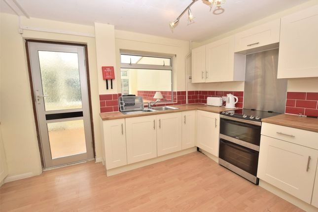 3 bed detached house to rent in Down Avenue, Bath, Somerset BA2