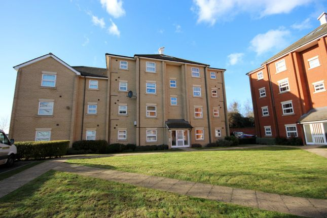 Thumbnail Flat to rent in Maltings Way, Bury St. Edmunds
