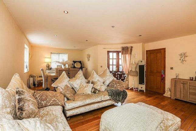 Thumbnail Semi-detached house for sale in High Street, Shefford