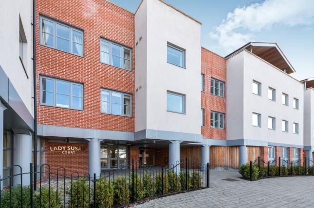 Thumbnail Property for sale in New Road, Basingstoke, Hampshire