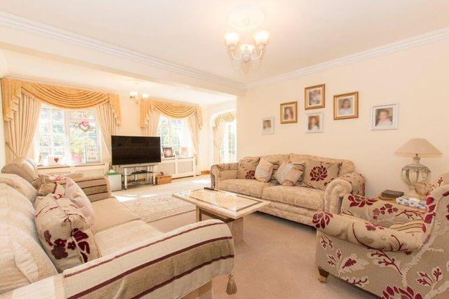 Picture No. 10 of Claverhambury Farm, Claverhambury Road, Waltham Abbey, Essex EN9