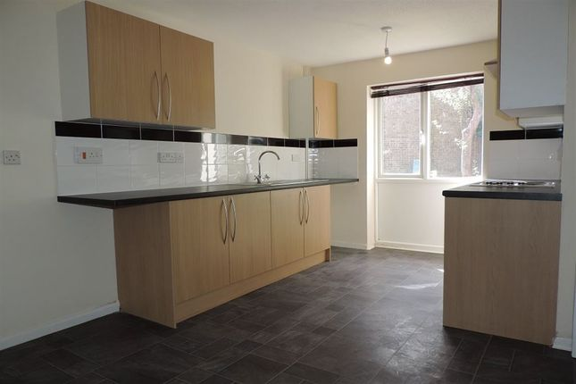 Thumbnail Terraced house to rent in Brynmore, Bretton, Peterborough