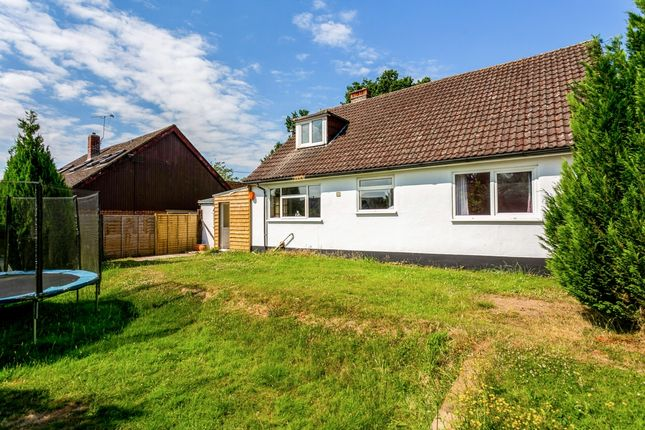 Thumbnail Detached house to rent in Park Lane, Thatcham