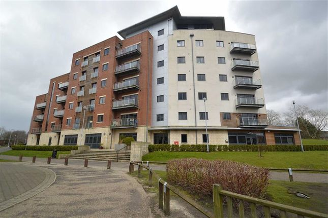 Thumbnail Flat to rent in St. James Court West, Accrington