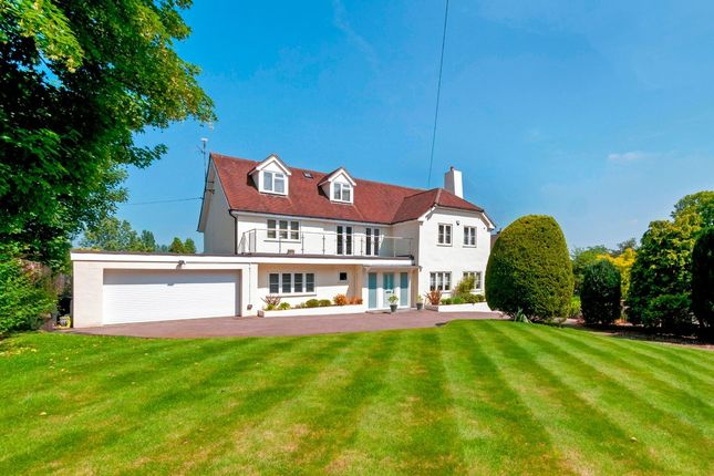 Thumbnail Detached house for sale in Trottiscliffe Road, Addington, West Malling