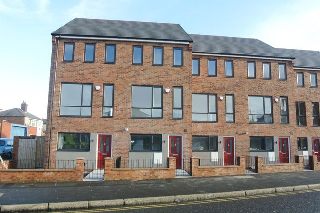 Thumbnail Town house for sale in Green Lane, Stoneycroft, Liverpool