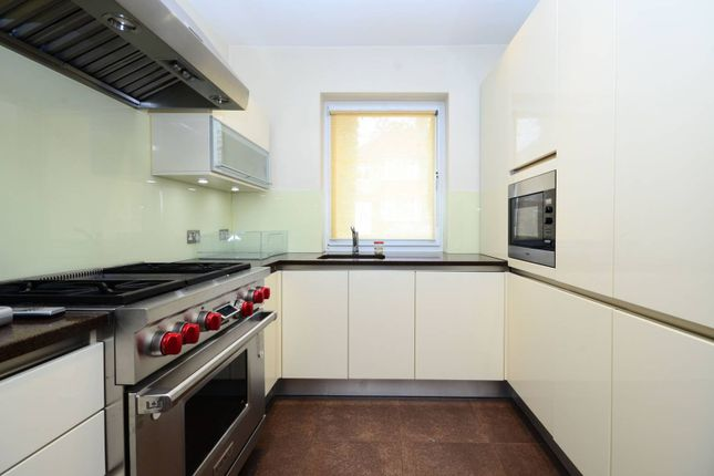 Thumbnail Property for sale in Derwent Crescent, North Finchley, London